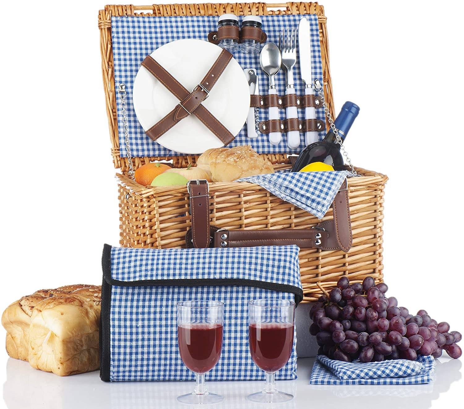 picnic supplies for two