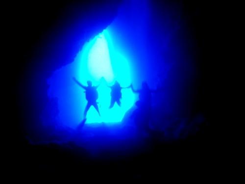 沖縄青の洞窟の様子