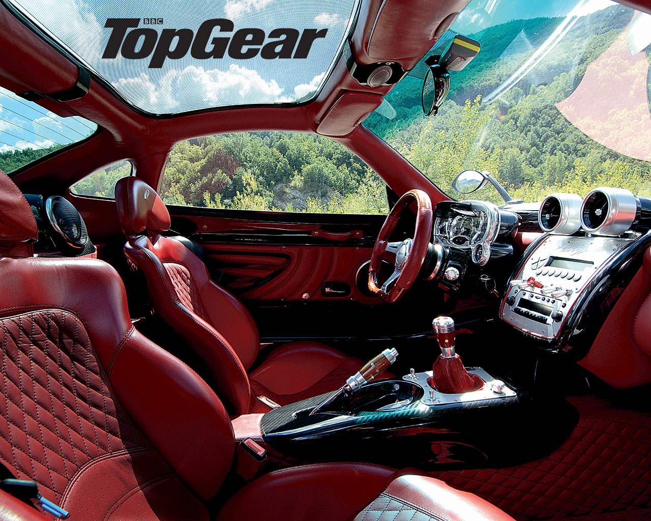 Gif wallpaper car amazing animated luxury car gifs at best animationson this page you will find fast luxury car gif animations. Top Gear Zonda S Windows 7 Car Wallpapers Pagani Zonda F Interior 1280x1024 Wallpaper Teahub Io