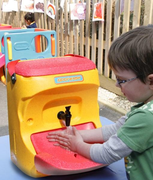 Kiddiwash portable sinks for preschool hand washing4