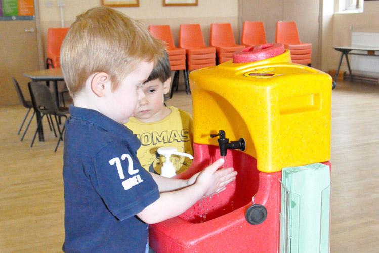 Portable hand washing sinks for children in Australia and worldwide