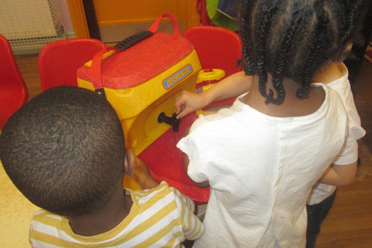 KiddiwashXtra teach handwashing to young children