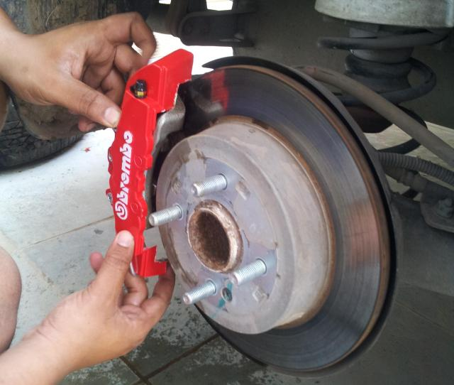 Diy Installing Brake Caliper Covers  Check Fit After Cuting