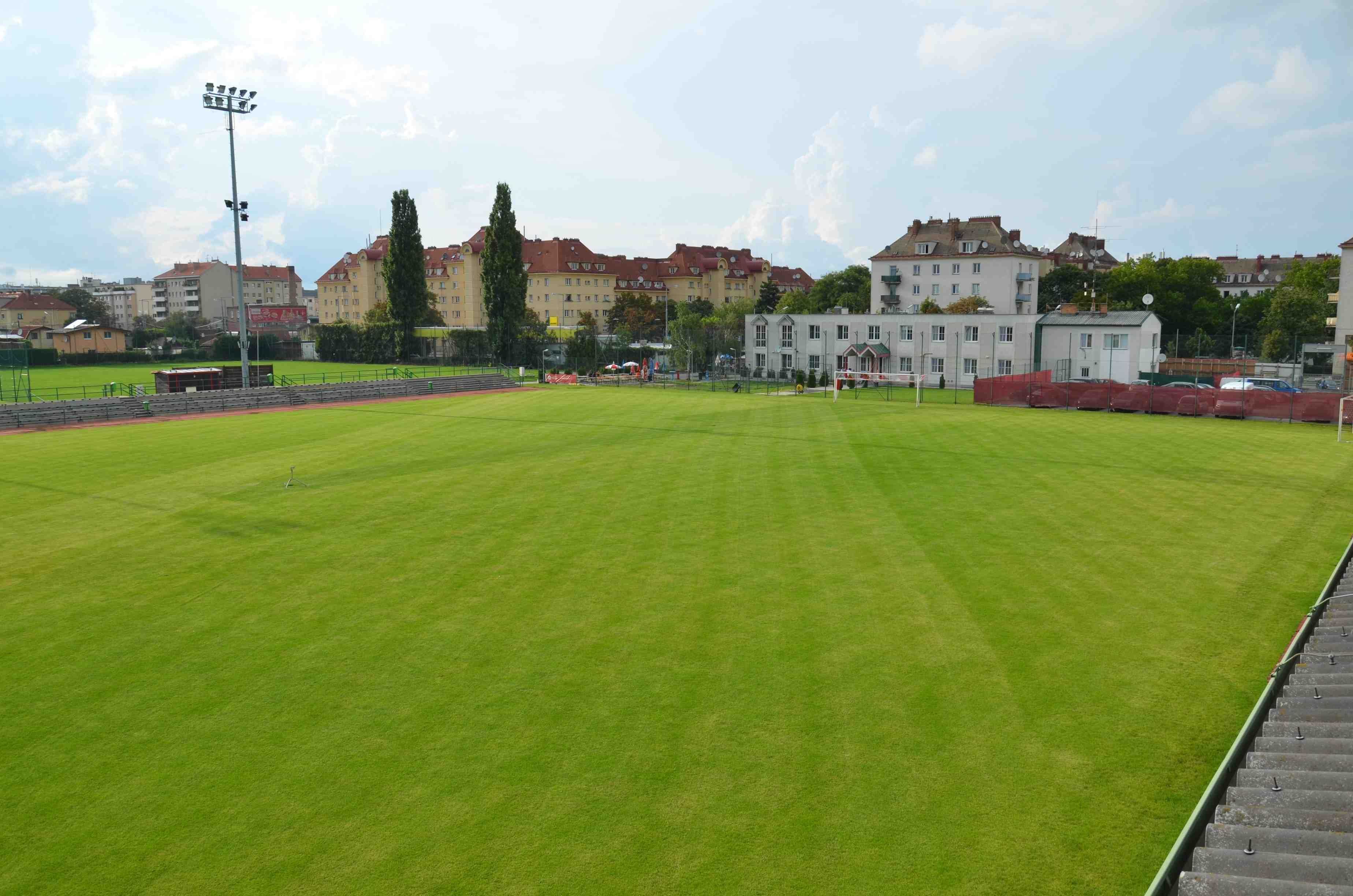 Team Wiener Linien Fusball In Wien Offizielle Vereinshomepage Raxplatz