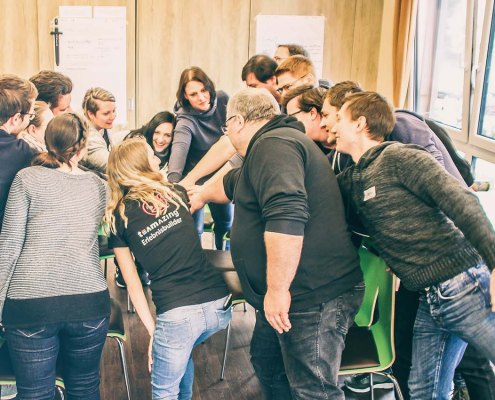 Teamentwicklung mittels partizipativen Workshops von teamazing