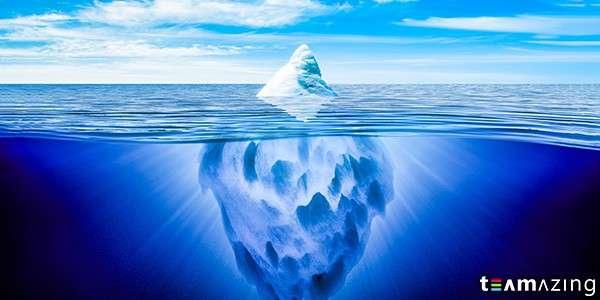 Eisberg wird bei Krise sichtbar