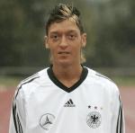 Mesut Özil első éjszakai bulijának tanulságai