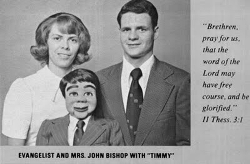evangelist ventriloquist timmy funny family photos, family portraits bad family photos, funny family photos, weird, strand awkward, fail, stupid, worst family photos, awkward family photos, epic fails, stupid people, bad tattoos, weird family pictures, crazy wtf