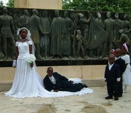 Funny Wedding Gowns: Funny Wedding Photos: 15 More Bad Decisions