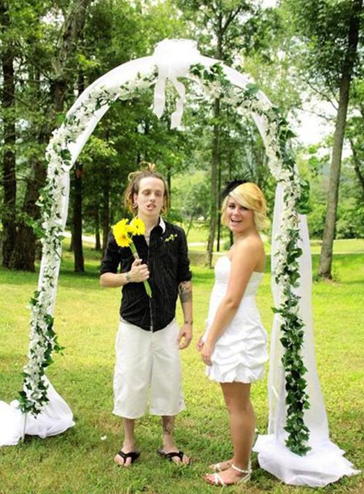 Dory Groom teenFunny Wedding Pictures Bad Wedding Photos Ugly Wedding Dresses Fail Horrible Awkward Family worst strange Brides