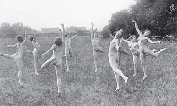 Vintage Dancing Nudes in Field Bad Family Photos Funny Family Pics Awkward Family Photos crazy weird bad tattoos worst tattoos stupid people Family portraits strange