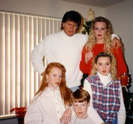 Family Smoking ~ 27 Funny & Creepy Family Christmas Photos