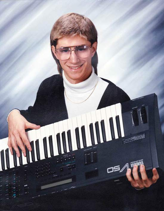 1980's School Pic of Boy & Keyboard ~ 16 Funny Family Photos