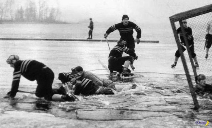 Vintage Photo: Hockey players falling through thing ice on pond