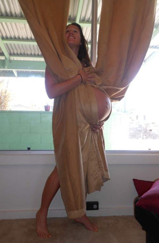 Funny Bad Pregnancy Photos ~ woman wrapped in curtains