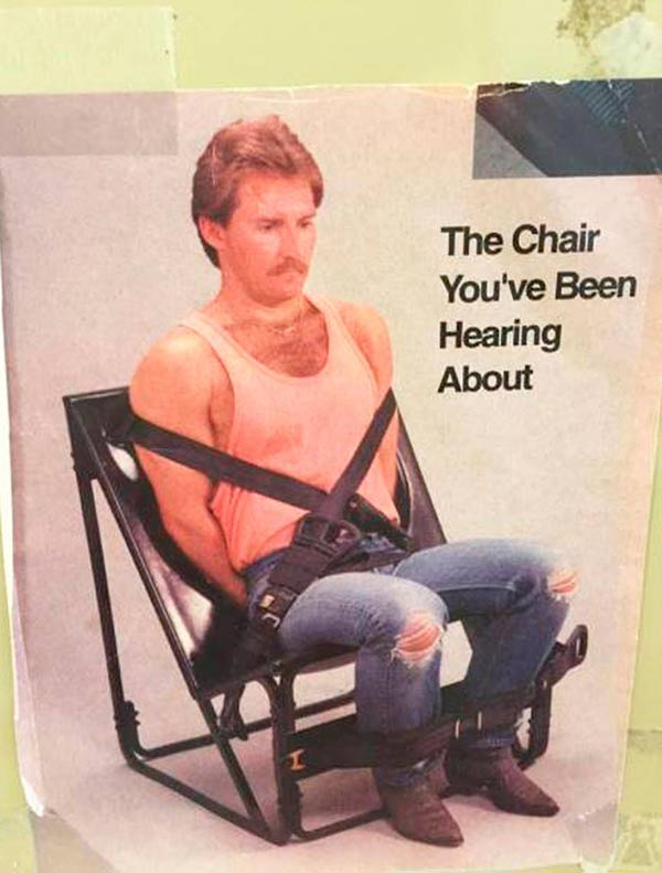 33 Funny Pics of the Day ~ scrappy chair