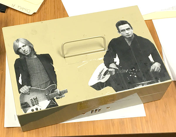Funny Pics ~ 37 Outrageous Images! ~ Tom Petty Johnny Cash box
