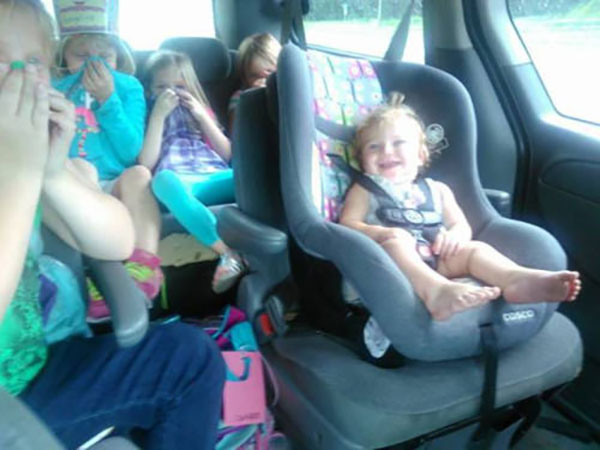 Funny Pics & Memes ~ baby farted carseat
