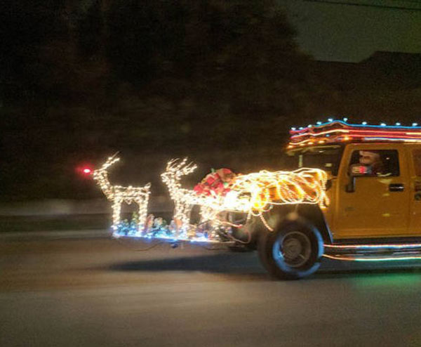 41 Funny Christmas Photos ~ reindeer lights on truck