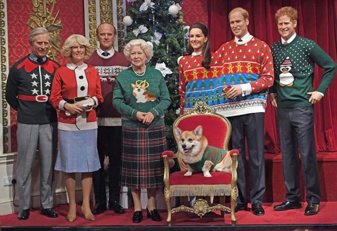 41 Funny Christmas Photos ~ British Royal Family in ugly Christmas sweaters