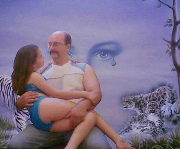 27 Funny Family Photos & Vintage Snaps ~ romantic portrait with tear backdrop, Olan Mills fail