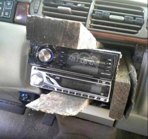 35 Funny Pics ~ redneck engineering car radio wood wedges