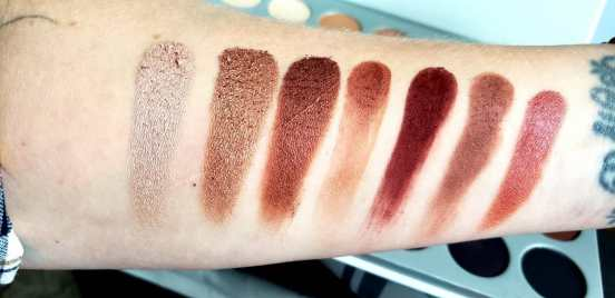 row 3 swatches of jaclyn hill morphe palette