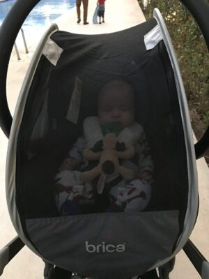 Top baby travel gear: carseat canopy