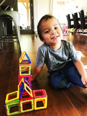 Toys to bring on Vacation: Magformers