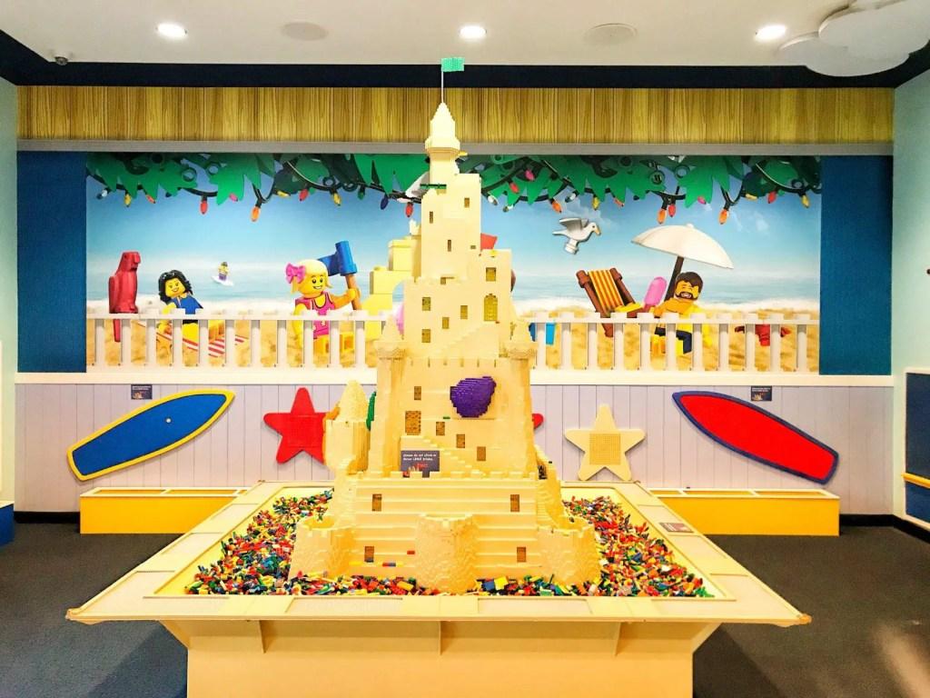LEGOLAND Beach Retreat LEGO center