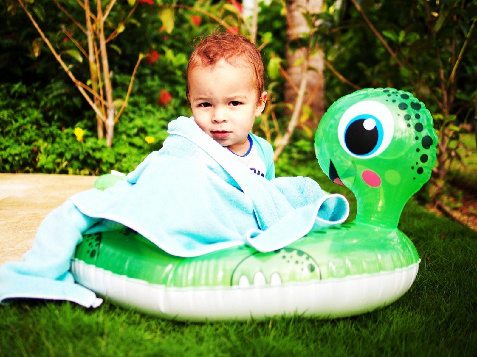 The Best Toddler Floaties That I Have Actually Tried Tear