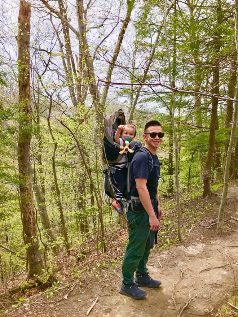Hiking baby carrier: Deuter III