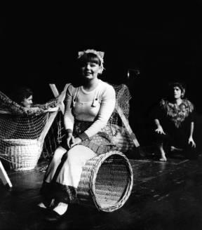 Prvi put na sceni sa životnim partnerom Ivicom Šimićem. Mačak Đingis kan i Miki Trasi – 1976.
