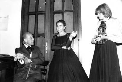 S Vladimirom Habunekom i Zvjezdanom Ladikom tijekom pokusa za predstavu 'Dvostruka nevjera' 1990.