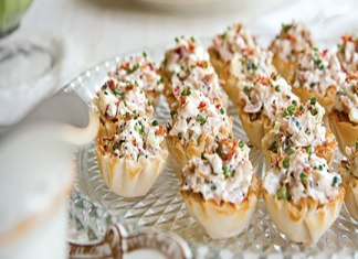 Poppy Seed Chicken Salad in Phyllo Cups