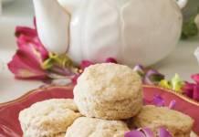 Macadamia-Coconut Scones