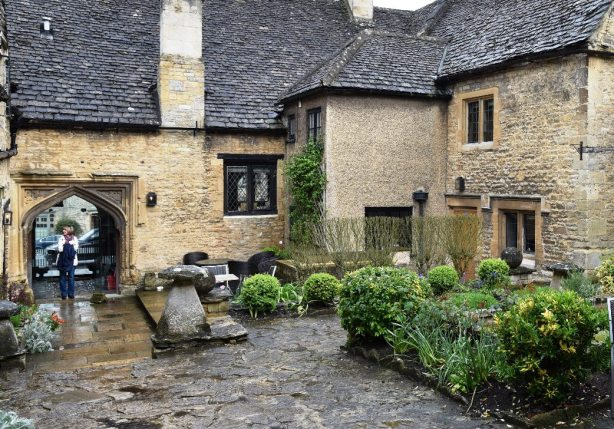 Courtyard at the Shaven Crown Inn