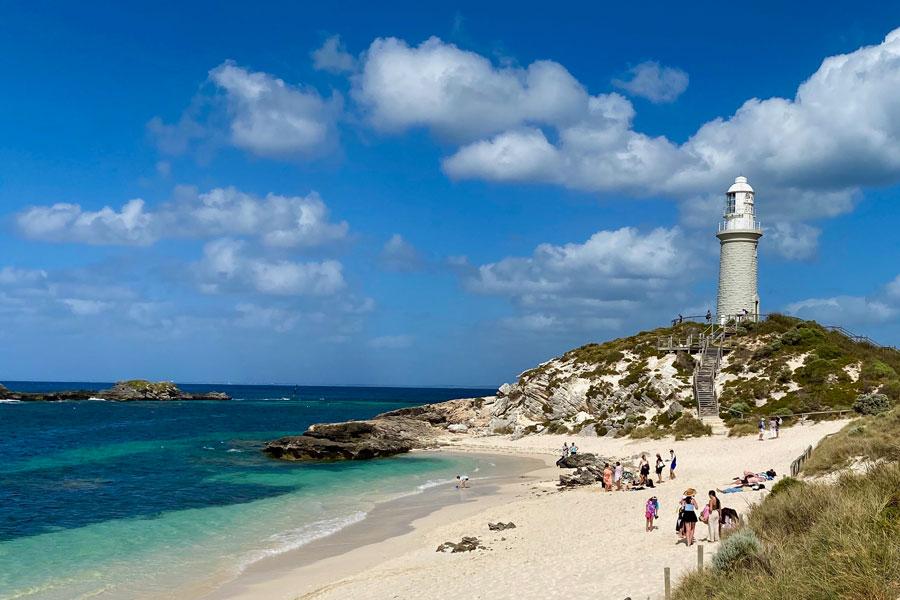 Bathurst Lighthouse, Pinky's Beach