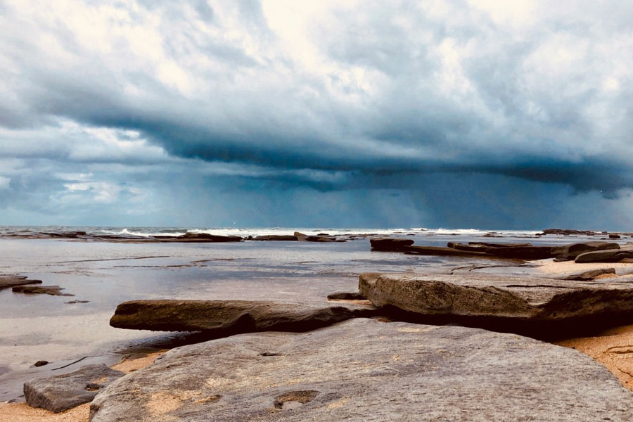 Holiday in Caloundra and Visit Shelly Beach
