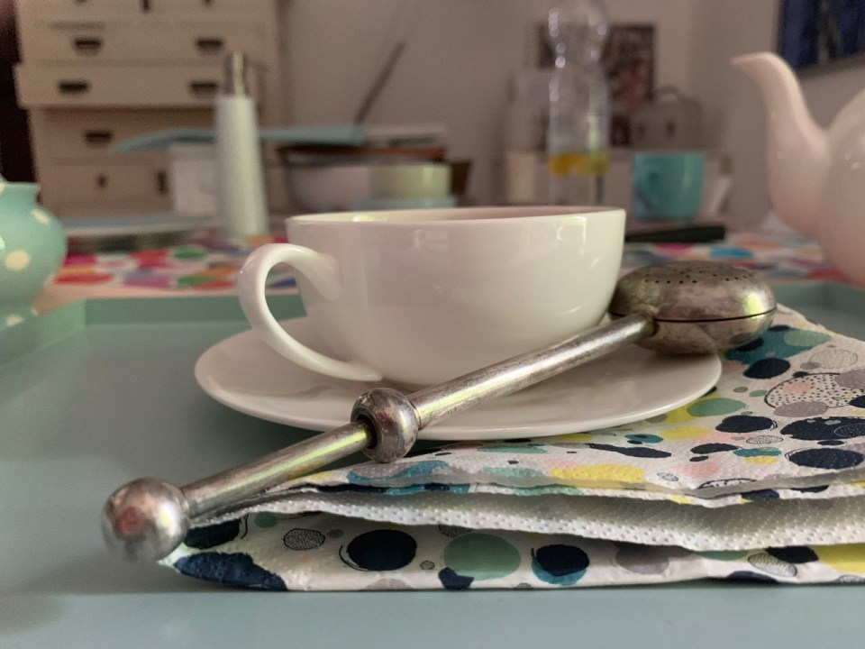 Tea with Mum has a new teacup too and the old stuff goes well with the new