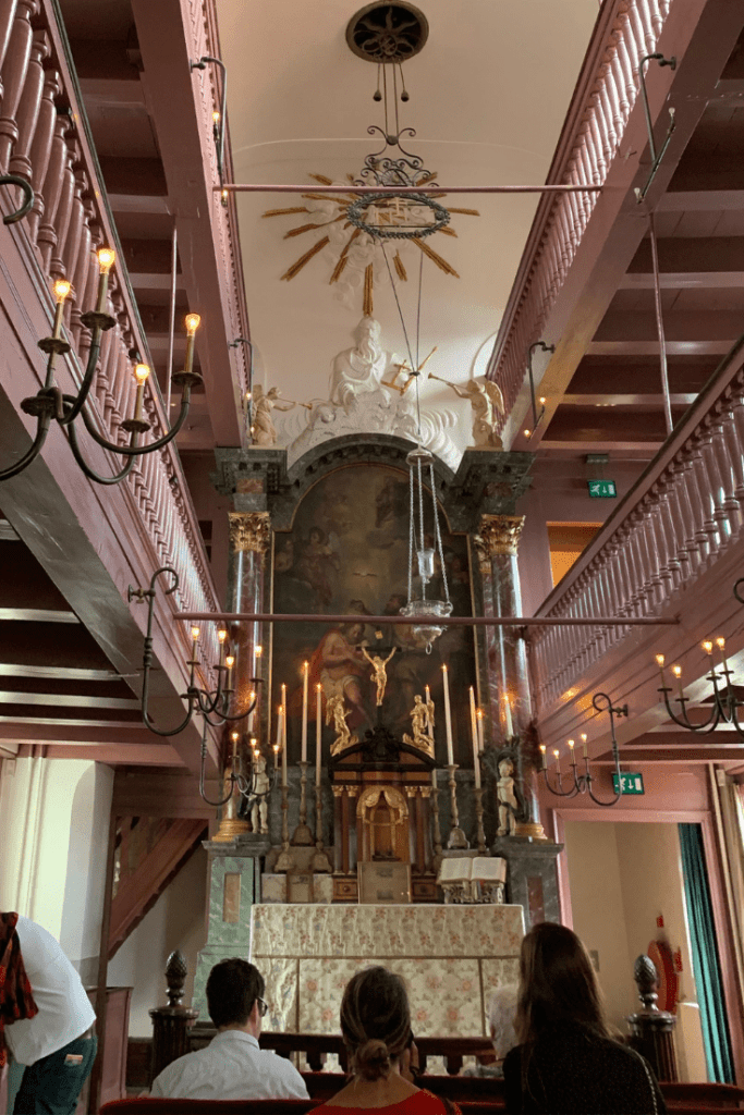 Our Lord in the Attic (Ons' Lieve Heer op Solder) in Amsterdam - the pink chapel