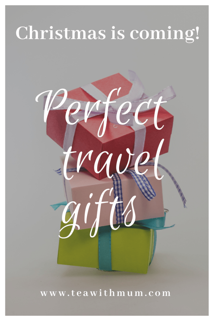 The perfect travel and travel-themed gifts for young and older, tech fans and the home, for men and women; great holiday gifts for travellers; Christmas is coming!
