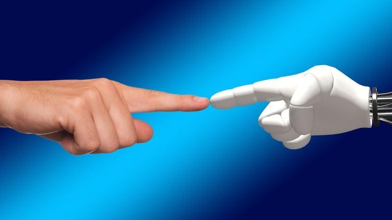"""Künstliche Intelligenz (KI): """"aufgemotzte Statistik"""" und """"Betriebssystem der Zukunft"""""""