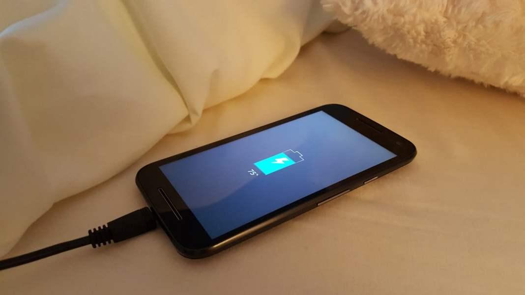 bateria do smartphone vicia?