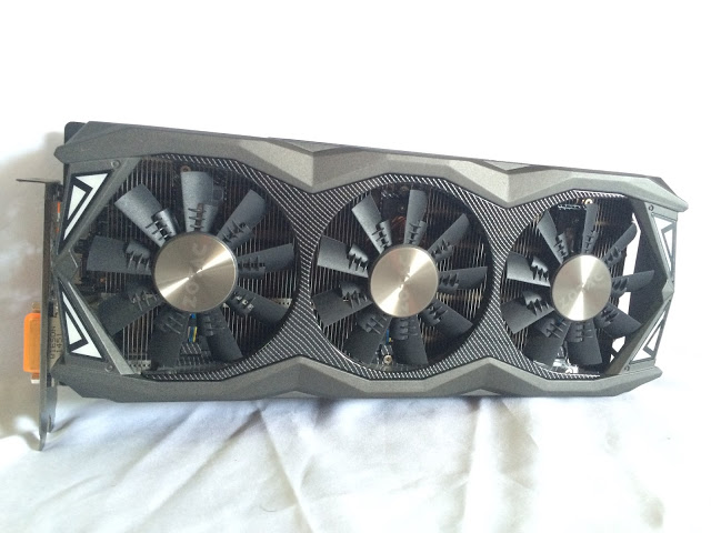 Unboxing & Review: ZOTAC GeForce GTX 980 Ti AMP! Extreme Edition 42