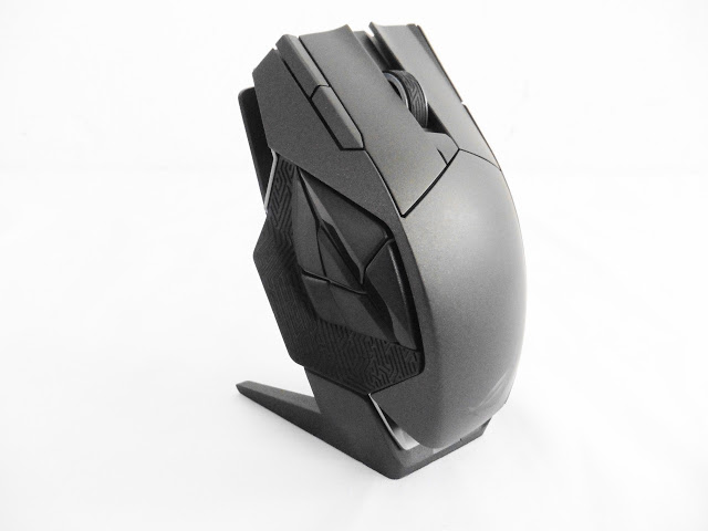 Unboxing & Review: ASUS ROG Spatha Gaming Mouse Review 73