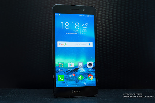 Unboxing & Review: honor 5A 52
