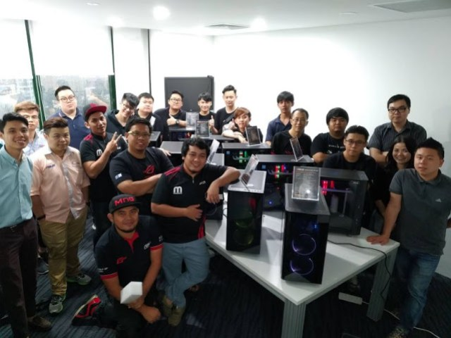 ASUS Aims To Bring Liquid Cooling To The Mass With Liquid Cooling Workshop For ASUS Partners 17