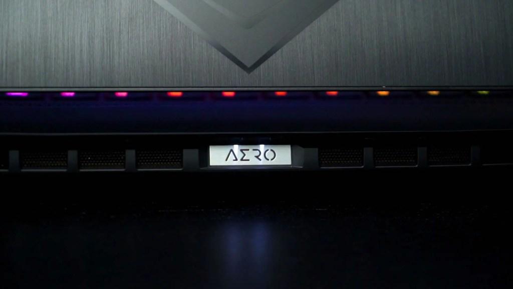 Gigabyte AERO 15 OLED XB 1
