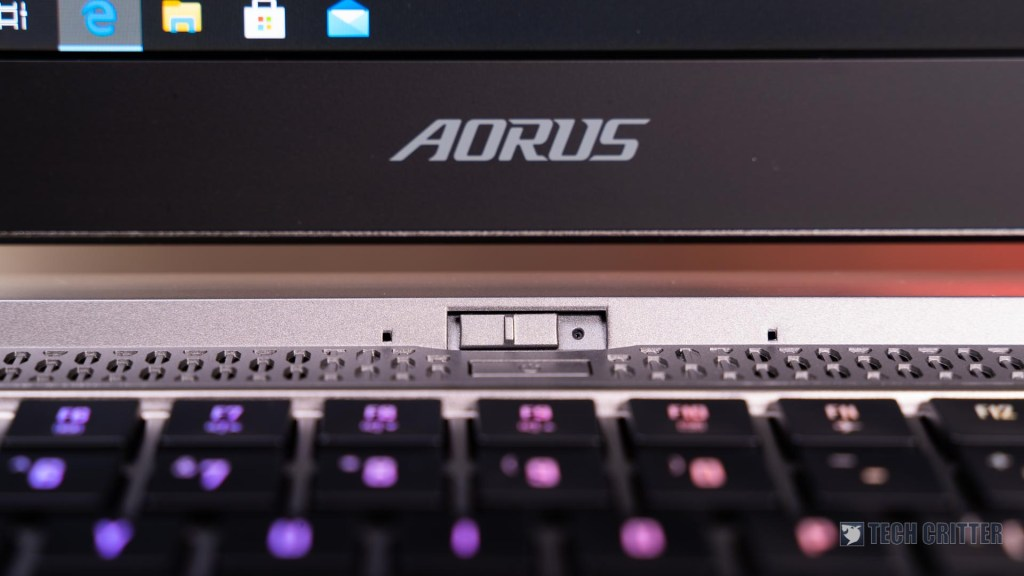 AORUS 15G 8